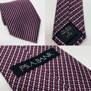 JOS A BANK Silk Woven Tie Made In USA Hand Sewn
